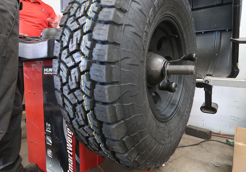 Cien's Garage's Tire Rotation and Wheel Alignment